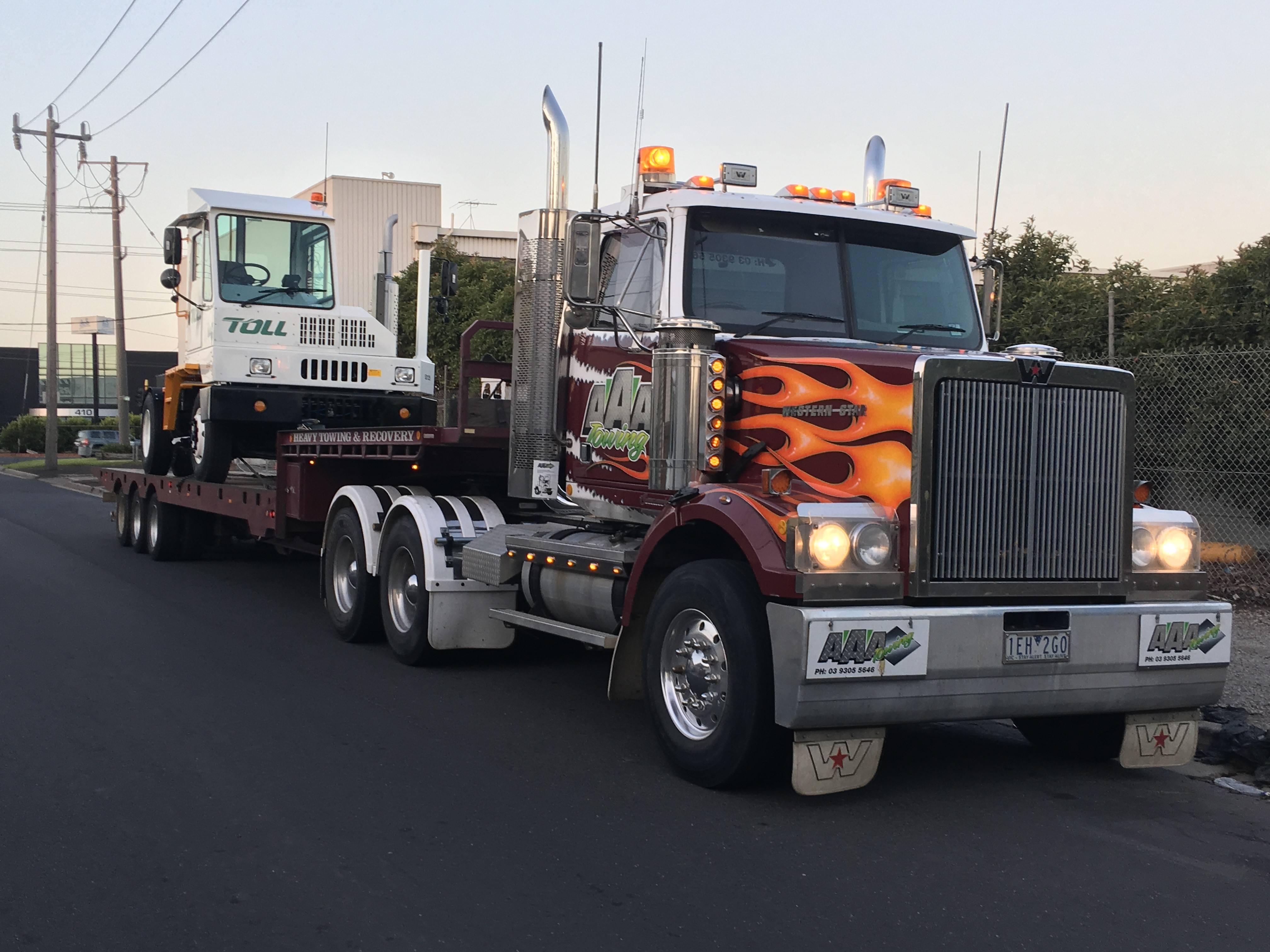 Toll Terminal Tractor on flat Bed Trailer